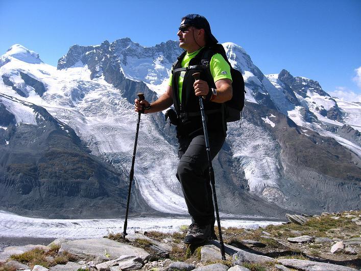 Foto: Andreas Koller / Wander Tour / Über den Hohtälligrat auf das Stockhorn (3532 m) / 13.09.2009 23:50:18
