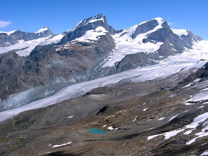 Foto: Andreas Koller / Wander Tour / Über den Hohtälligrat auf das Stockhorn (3532 m) / Allalinhorn (4027 m), Rimpfischhorn (4199 m) und Strahlhorn (4190 m) / 13.09.2009 23:50:01