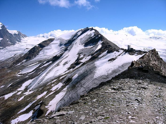 Foto: Andreas Koller / Wander Tour / Über den Hohtälligrat auf das Stockhorn (3532 m) / Der Grat zum Stockhorn / 13.09.2009 23:49:14