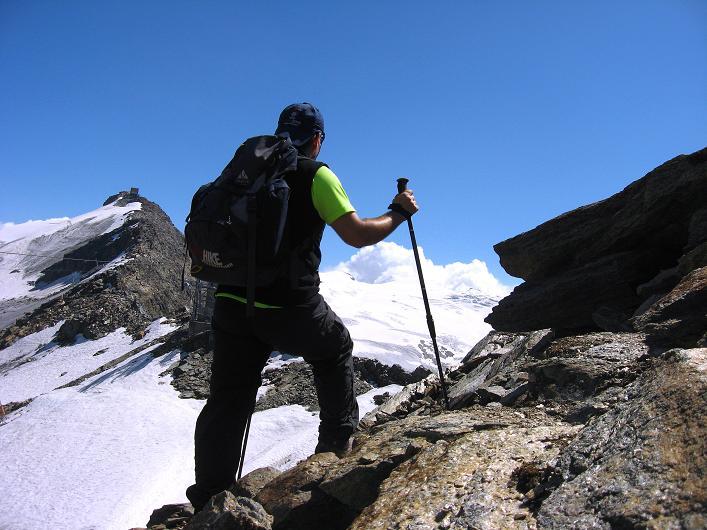 Foto: Andreas Koller / Wander Tour / Über den Hohtälligrat auf das Stockhorn (3532 m) / 13.09.2009 23:48:29
