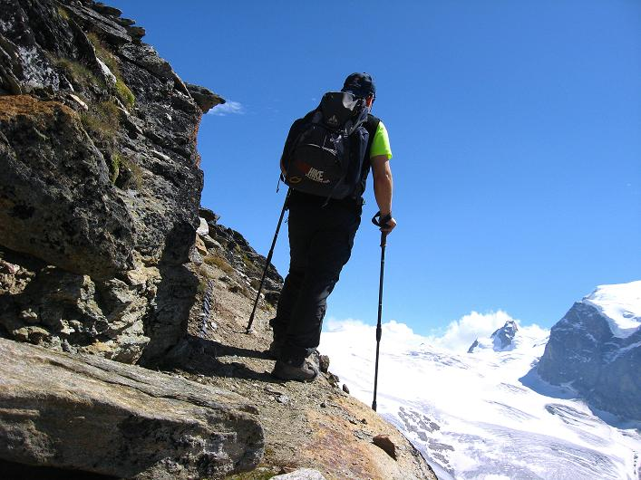 Foto: Andreas Koller / Wander Tour / Über den Hohtälligrat auf das Stockhorn (3532 m) / 13.09.2009 23:47:02