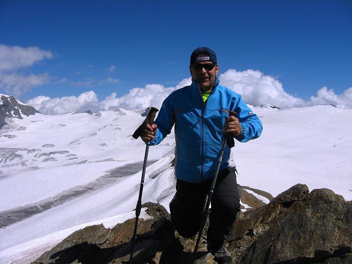 Foto: Andreas Koller / Wander Tour / Über den Hohtälligrat auf das Stockhorn (3532 m) / 13.09.2009 23:40:53