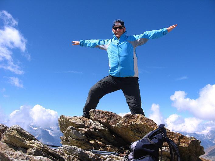 Foto: Andreas Koller / Wander Tour / Über den Hohtälligrat auf das Stockhorn (3532 m) / 13.09.2009 23:39:45