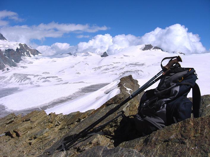 Foto: Andreas Koller / Wander Tour / Über den Hohtälligrat auf das Stockhorn (3532 m) / 13.09.2009 23:39:21