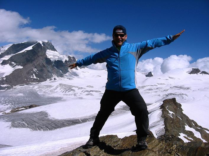 Foto: Andreas Koller / Wander Tour / Über den Hohtälligrat auf das Stockhorn (3532 m) / 13.09.2009 23:39:04