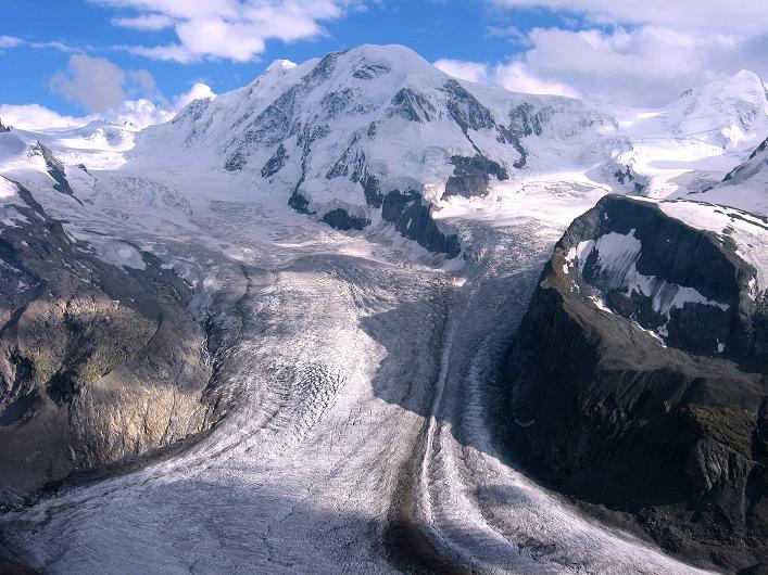 Foto: Andreas Koller / Wander Tour / Über den Hohtälligrat auf das Stockhorn (3532 m) / Liskamm (4527 m) / 13.09.2009 23:36:17