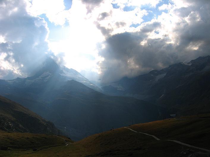 Foto: Andreas Koller / Wander Tour / Über den Hohtälligrat auf das Stockhorn (3532 m) / 13.09.2009 23:34:36