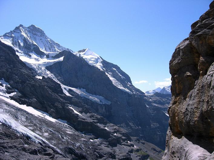 Foto: Andreas Koller / Klettersteig Tour / Klettersteig Rotstock (2663 m) / Jungfrau (4158 m) und Silberhorn (3698 m) / 05.09.2009 02:09:08