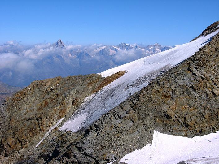 Foto: Andreas Koller / Wander Tour / Lagginhorn (4010 m) / Bietschhorn (3934 m) / 12.09.2009 15:45:18