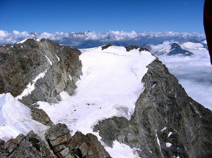 Foto: Andreas Koller / Wander Tour / Lagginhorn (4010 m) / Fletschhorn (3996 m) und Berner Alpen / 12.09.2009 15:40:34