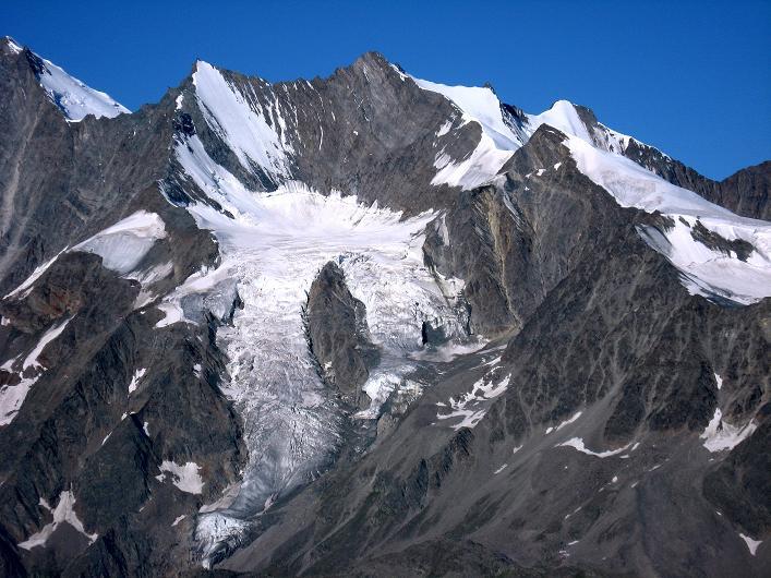 Foto: Andreas Koller / Wander Tour / Lagginhorn (4010 m) / Lenzspitze (4294 m), Nadelhorn (4327 m), Stecknadelhorn (4241 m) und davor das Ulrichshorn (3925 m) / 12.09.2009 15:36:22