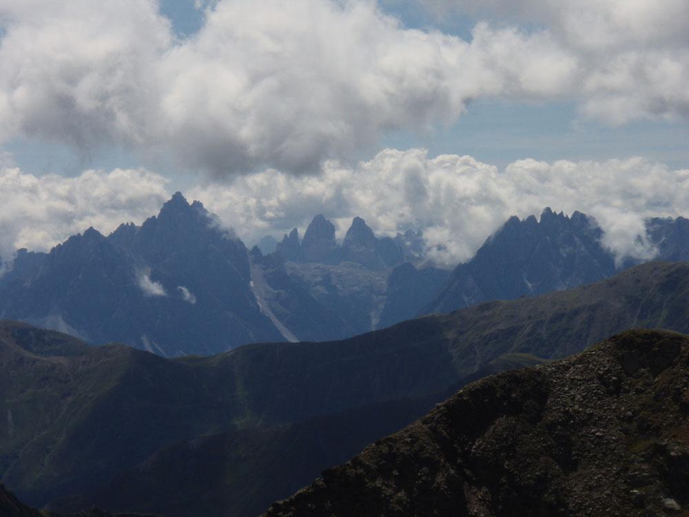 Foto: Grasberger Gerhard / Wander Tour / Riepenspitze - Villgratental / Sextener Dolomiten mit den 3 Zinnen. / 31.08.2009 09:36:58