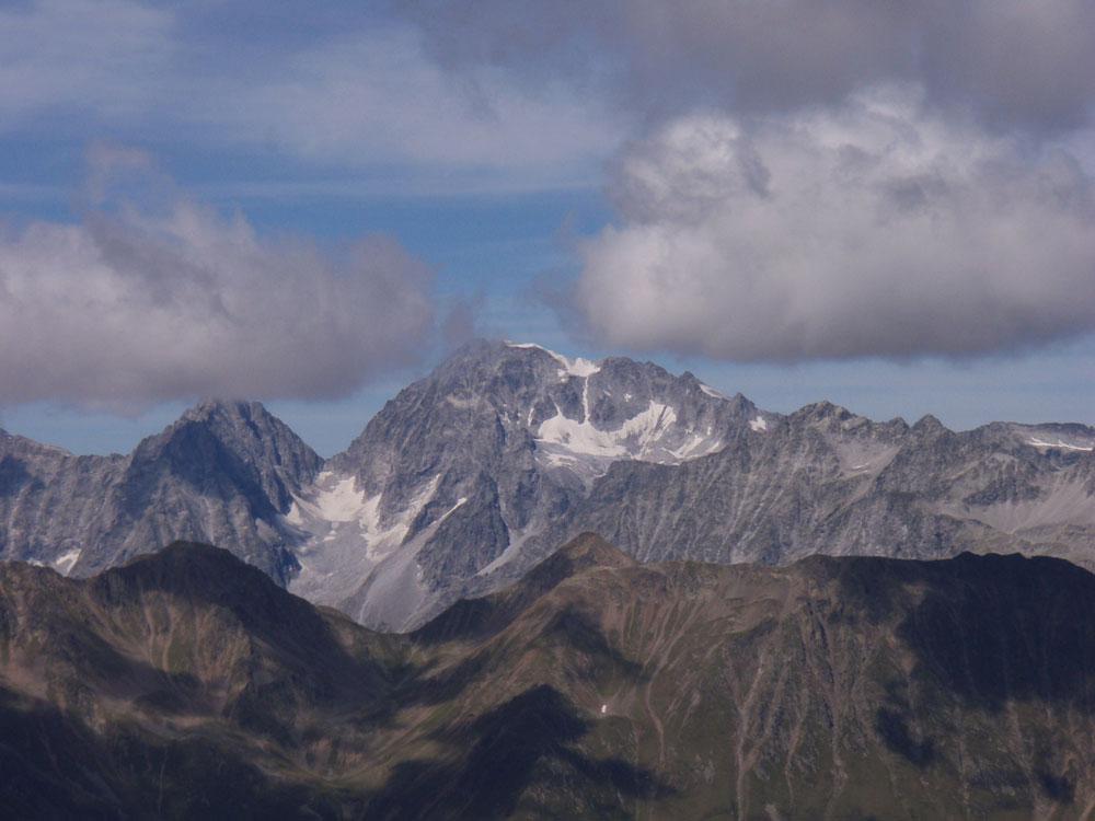 Foto: Grasberger Gerhard / Wander Tour / Riepenspitze - Villgratental / Blick nach Norden, Hochgall. / 31.08.2009 09:37:34