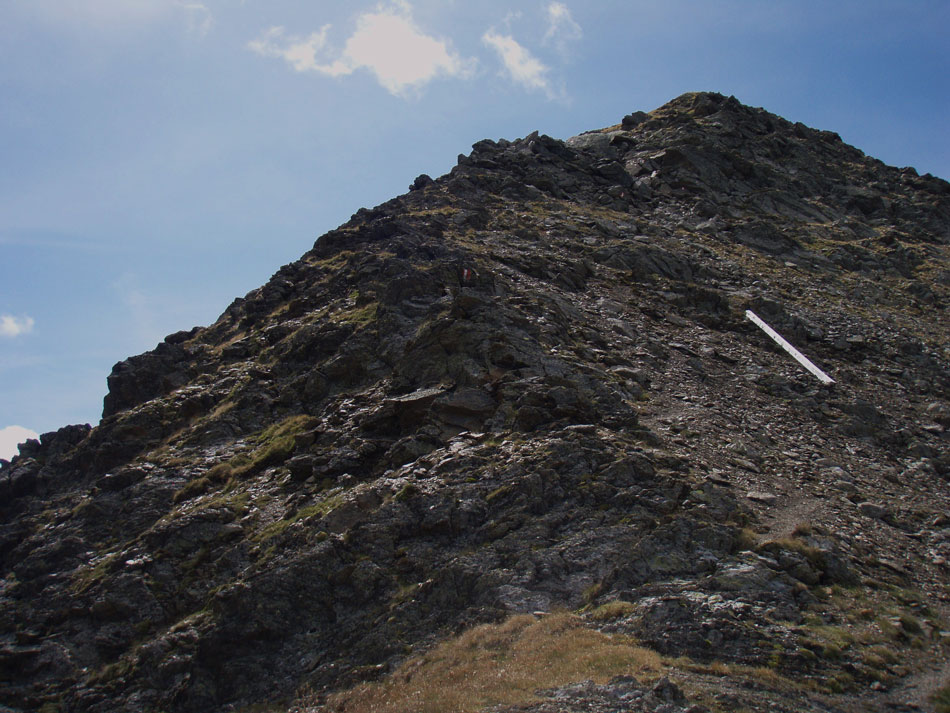 Foto: Grasberger Gerhard / Wander Tour / Riepenspitze - Villgratental / Die letzten Hm zum Gipfel führen über diesen Schutt-Geröllrücken. / 31.08.2009 09:38:33