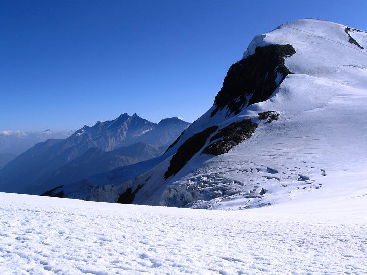 Foto: Andreas Koller / Wander Tour / Roccia Nera (4075m) - östlicher Eckpfeiler des Breithornkamms / 08.09.2009 19:56:53