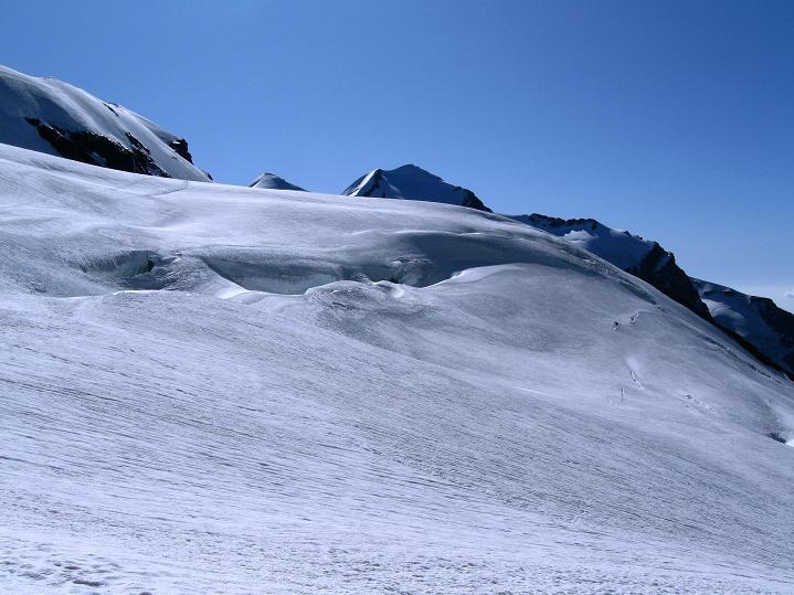 Foto: Andreas Koller / Wander Tour / Roccia Nera (4075m) - östlicher Eckpfeiler des Breithornkamms / 08.09.2009 19:55:50