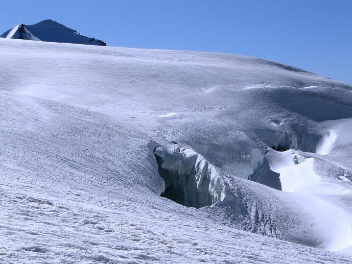 Foto: Andreas Koller / Wander Tour / Roccia Nera (4075m) - östlicher Eckpfeiler des Breithornkamms / 08.09.2009 19:55:06