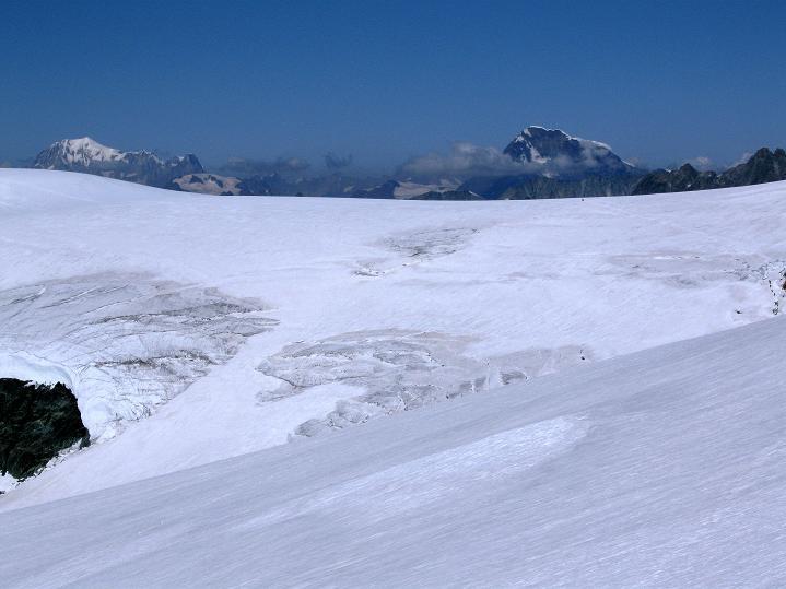 Foto: Andreas Koller / Wander Tour / Roccia Nera (4075m) - östlicher Eckpfeiler des Breithornkamms / 08.09.2009 19:54:07