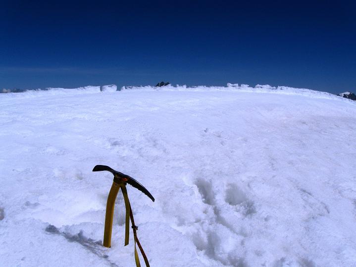 Foto: Andreas Koller / Wander Tour / Roccia Nera (4075m) - östlicher Eckpfeiler des Breithornkamms / Auf der Roccia Nera / 08.09.2009 19:52:49