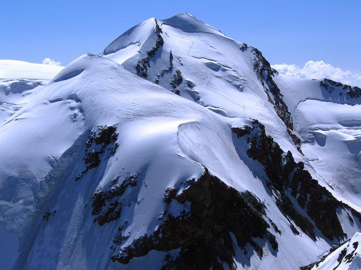Foto: Andreas Koller / Wander Tour / Roccia Nera (4075m) - östlicher Eckpfeiler des Breithornkamms / Pollux (4092 m) und Castor (4228 m) / 08.09.2009 19:52:18