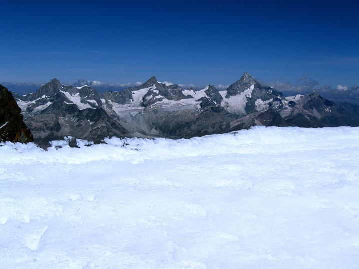 Foto: Andreas Koller / Wander Tour / Roccia Nera (4075m) - östlicher Eckpfeiler des Breithornkamms / 08.09.2009 19:51:05