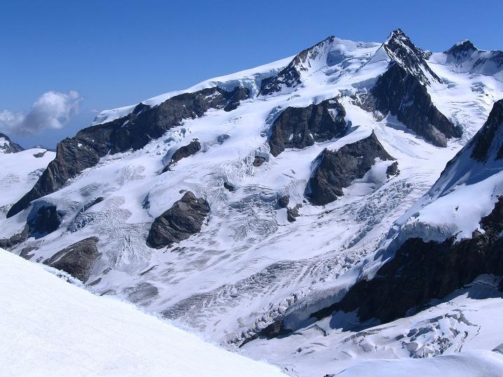 Foto: Andreas Koller / Wander Tour / Roccia Nera (4075m) - östlicher Eckpfeiler des Breithornkamms / Monte Rosa (4634 m) / 08.09.2009 19:49:00