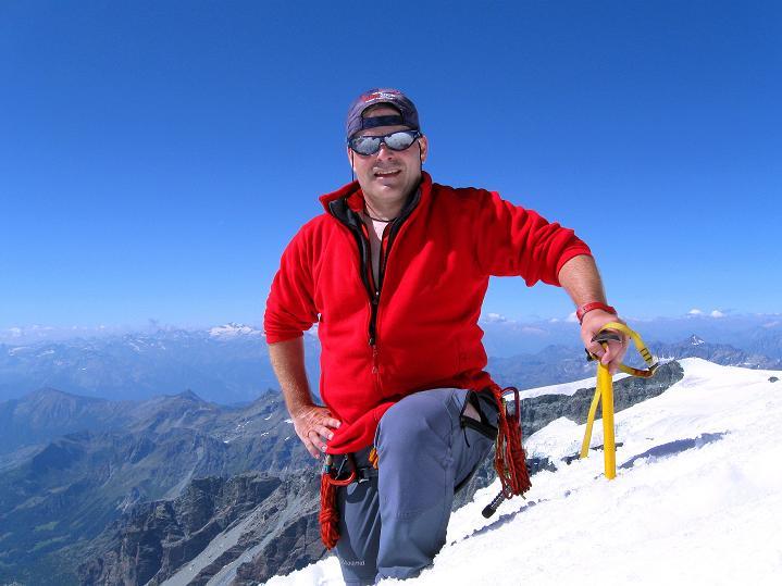 Foto: Andreas Koller / Wander Tour / Roccia Nera (4075m) - östlicher Eckpfeiler des Breithornkamms / Auf der Schwarzfluh / 08.09.2009 19:48:42