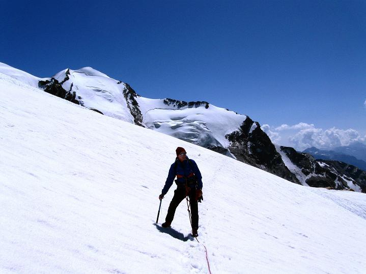 Foto: Andreas Koller / Wander Tour / Roccia Nera (4075m) - östlicher Eckpfeiler des Breithornkamms / 08.09.2009 19:46:42