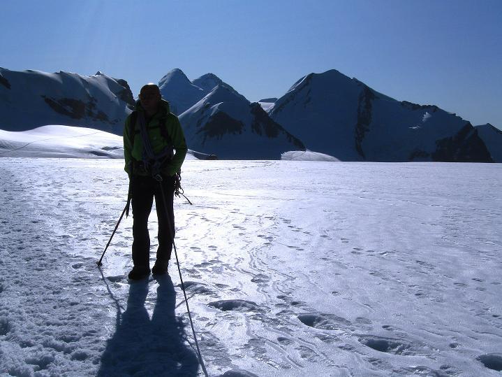 Foto: Andreas Koller / Wander Tour / Pollux (4092 m) / Am Breithornplateau / 04.09.2009 11:10:13