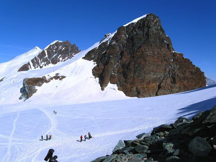 Foto: Andreas Koller / Wander Tour / Pollux (4092 m) / Breithorn (4165 m) und Schwarzfluh / Roccia Nera (4075 m) / 04.09.2009 11:08:10