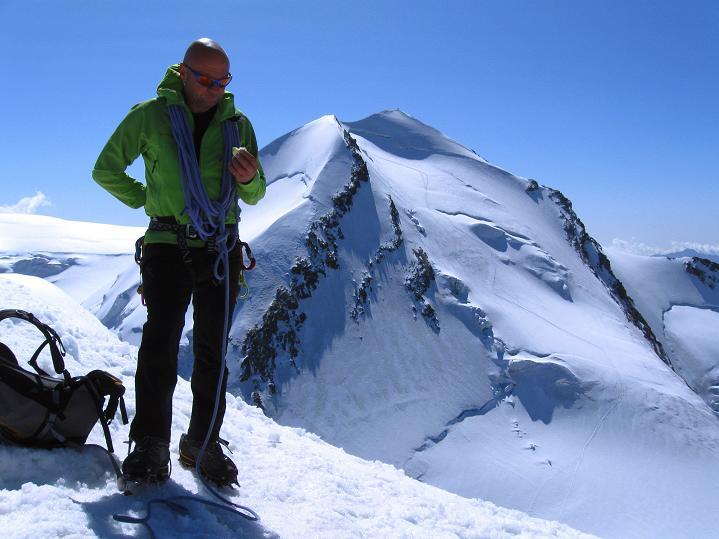 Foto: Andreas Koller / Wander Tour / Pollux (4092 m) / Blick zum Castor (4228 m) / 04.09.2009 10:58:37
