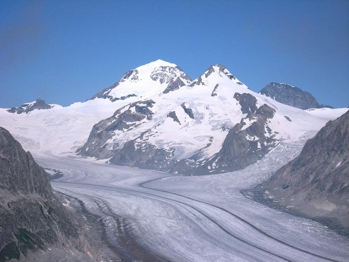 Foto: Andreas Koller / Klettersteig Tour / Klettersteig Eggishorn (2927m) / Mönch (4107 m), Eiger (3970 m) und Aletschgletscher / 13.09.2009 15:42:35