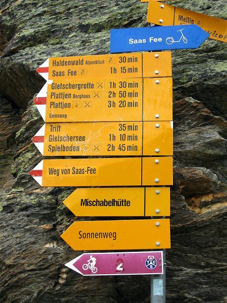 Foto: Andreas Koller / Wander Tour / In die Mischabelkette: Nadelhorn (4327 m) und Ulrichshorn (3925 m) / 05.09.2009 15:49:54
