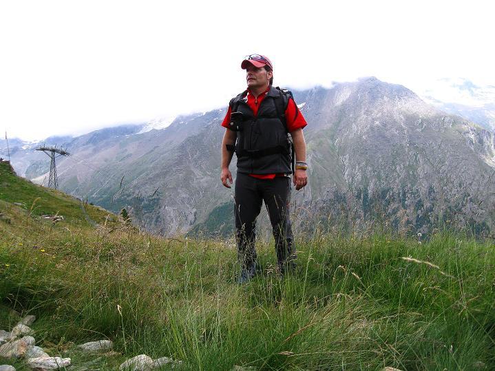 Foto: Andreas Koller / Wander Tour / In die Mischabelkette: Nadelhorn (4327 m) und Ulrichshorn (3925 m) / 05.09.2009 15:49:45