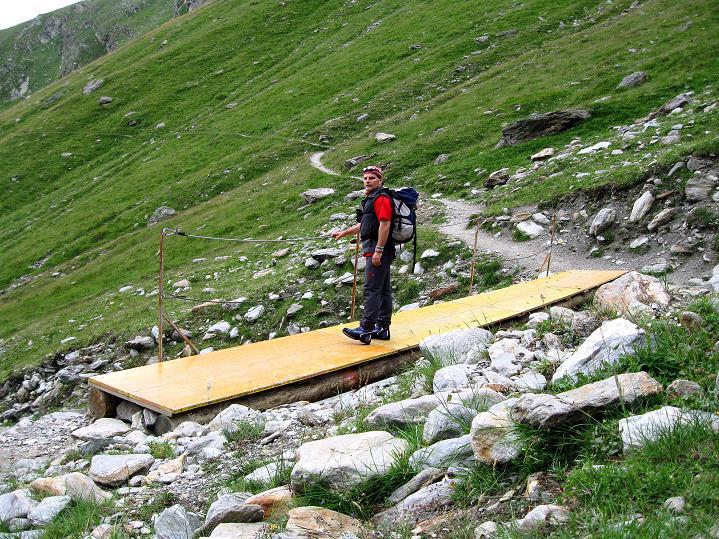 Foto: Andreas Koller / Wander Tour / In die Mischabelkette: Nadelhorn (4327 m) und Ulrichshorn (3925 m) / 05.09.2009 15:49:26