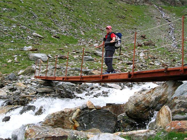 Foto: Andreas Koller / Wander Tour / In die Mischabelkette: Nadelhorn (4327 m) und Ulrichshorn (3925 m) / 05.09.2009 15:49:03