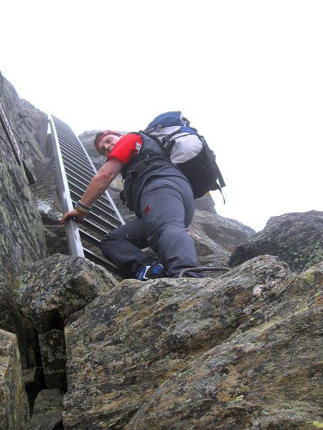 Foto: Andreas Koller / Wander Tour / In die Mischabelkette: Nadelhorn (4327 m) und Ulrichshorn (3925 m) / 05.09.2009 15:47:41