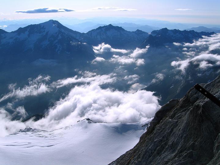 Foto: Andreas Koller / Wander Tour / In die Mischabelkette: Nadelhorn (4327 m) und Ulrichshorn (3925 m) / 05.09.2009 15:44:09