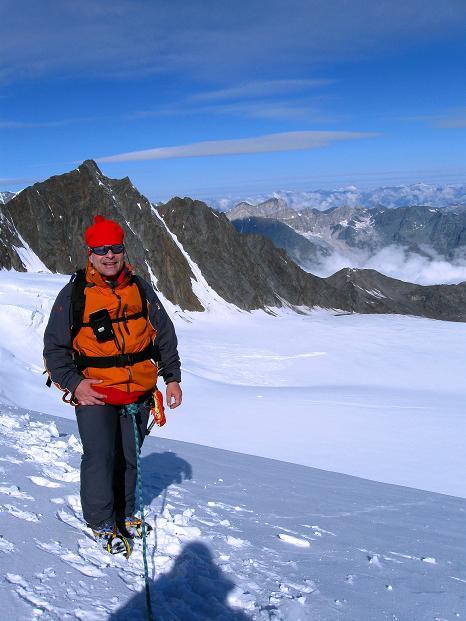 Foto: Andreas Koller / Wander Tour / In die Mischabelkette: Nadelhorn (4327 m) und Ulrichshorn (3925 m) / 05.09.2009 15:36:34