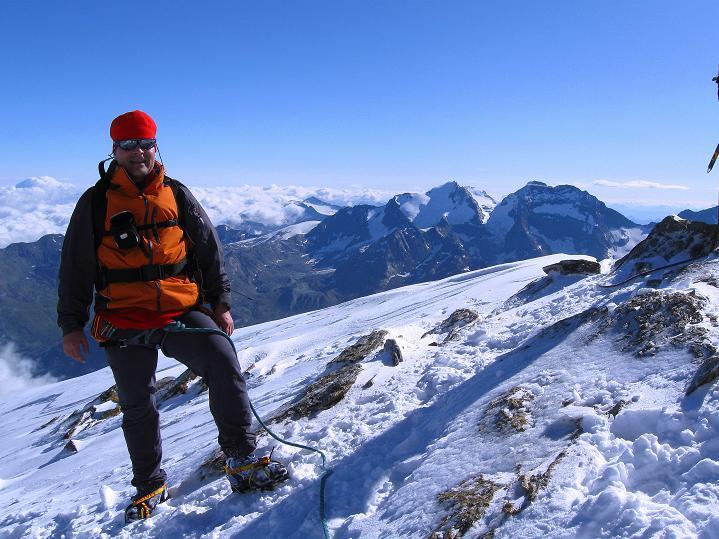 Foto: Andreas Koller / Wander Tour / In die Mischabelkette: Nadelhorn (4327 m) und Ulrichshorn (3925 m) / 05.09.2009 15:35:44