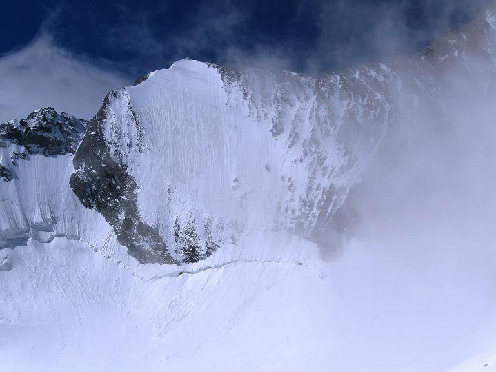 Foto: Andreas Koller / Wander Tour / In die Mischabelkette: Nadelhorn (4327 m) und Ulrichshorn (3925 m) / 05.09.2009 15:34:03