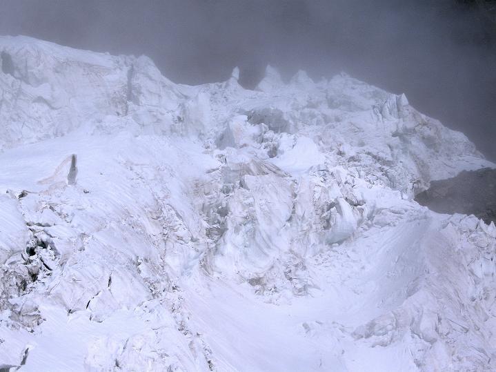 Foto: Andreas Koller / Wander Tour / In die Mischabelkette: Nadelhorn (4327 m) und Ulrichshorn (3925 m) / 05.09.2009 15:15:04