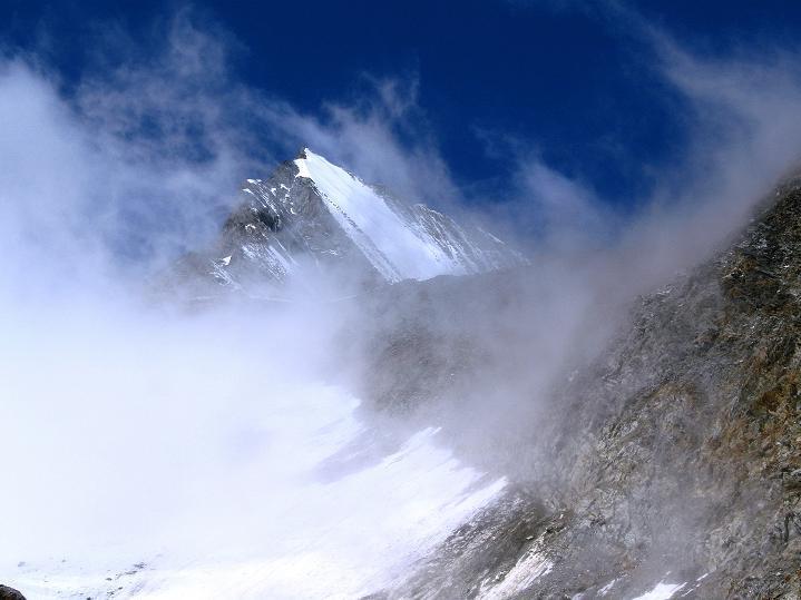 Foto: Andreas Koller / Wander Tour / In die Mischabelkette: Nadelhorn (4327 m) und Ulrichshorn (3925 m) / Lenzspitze (4294 m) / 05.09.2009 15:12:58