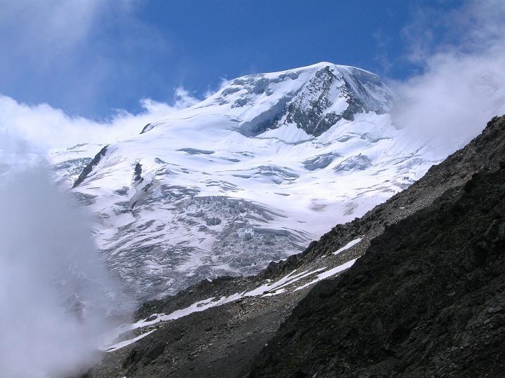 Foto: Andreas Koller / Wander Tour / In die Mischabelkette: Nadelhorn (4327 m) und Ulrichshorn (3925 m) / Alphubel (4206 m) / 05.09.2009 15:12:03