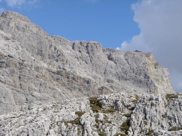 Foto: Manfred Karl / Kletter Tour / Hexenstein, Canale della Bomba a mano / Blick zum Kl. Lagazuoi / 31.08.2009 22:26:36