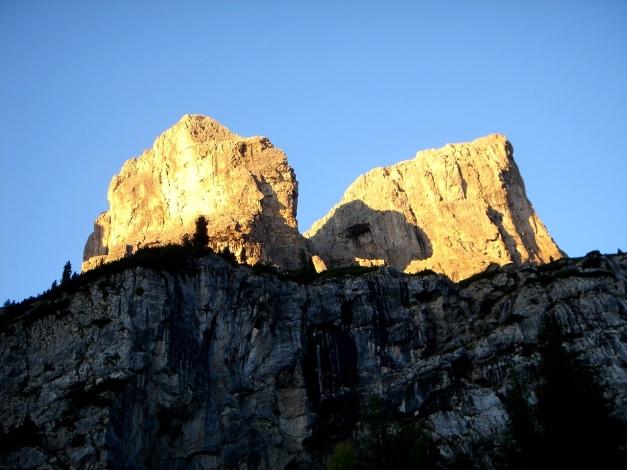 Foto: Manfred Karl / Kletter Tour / Östlicher Mur de Pisciadu, NO-Pfeiler, Via della Chiesa / 31.08.2009 23:19:44