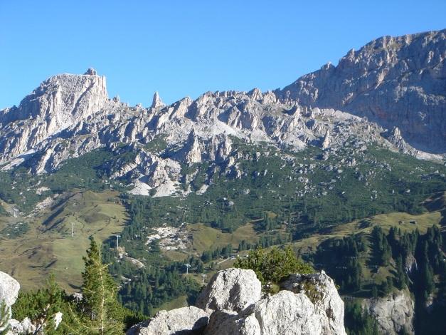 Foto: Manfred Karl / Kletter Tour / Östlicher Mur de Pisciadu, NO-Pfeiler, Via della Chiesa / 31.08.2009 23:18:39