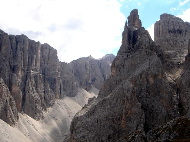 Foto: Manfred Karl / Kletter Tour / Östlicher Mur de Pisciadu, NO-Pfeiler, Via della Chiesa / 31.08.2009 23:13:02