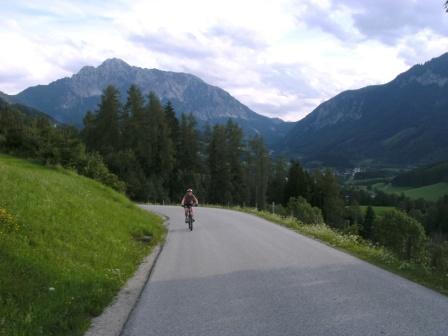 Foto: Johann P. / Mountainbike Tour / Oberwenger Panoramarunde mit Gostiztal / Auffahrt nach Oberweng. / 02.09.2009 19:40:51