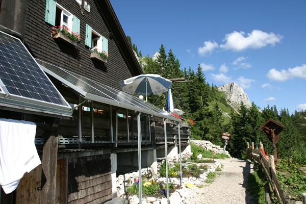 Foto: Christian Schickmayr / Wander Tour / Tannheimer Berge Überschreitung (3-Tagestour) / Tannheimer Hütte / 07.09.2009 18:48:13